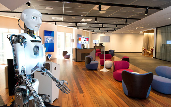 Full Size Humanoid Robot RoboThespian Entertainment Robot Telstra - Engineered Arts