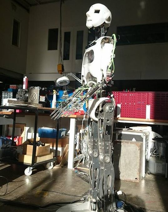 Humanoid Robot RoboThespian Looks as Haas CNC Machine Arrives at Engineered Arts