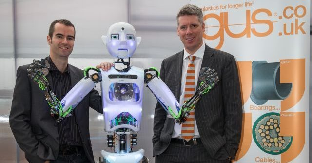 Humanoid Robot, RoboThespian Recieves Igus Manus Award - Engineered Arts